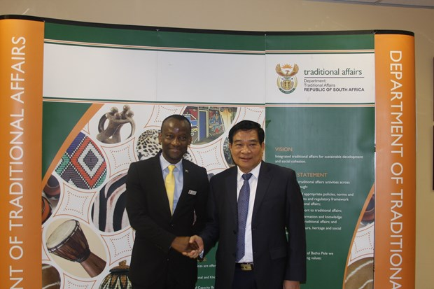 NA's Ethnic Council delegation visits South Africa hinh anh 1