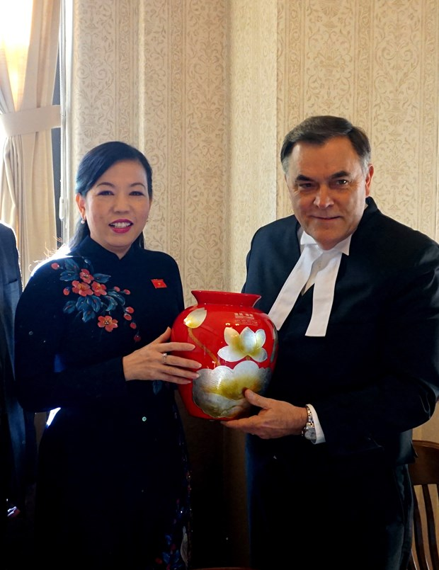 Vietnam, Canada enhance parliamentary cooperation hinh anh 1