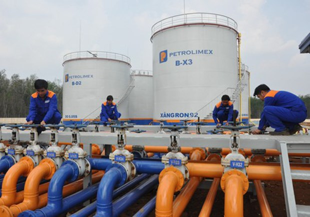 Vietnam exports 3.72 million tonnes of crude oil in 11 months hinh anh 1