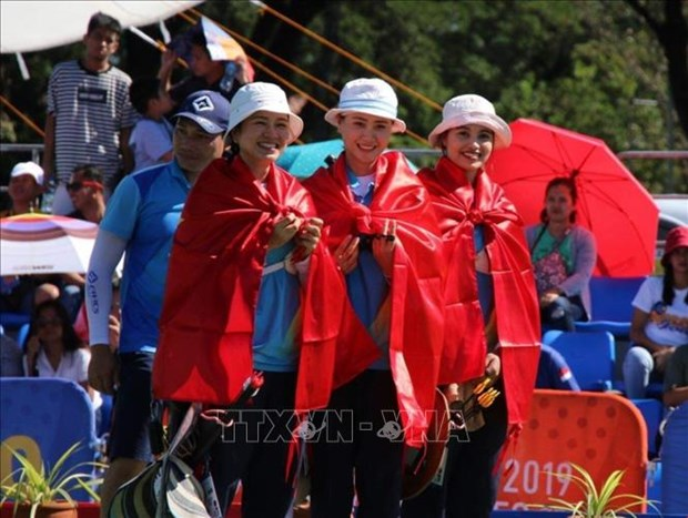SEA Games 30: Vietnam wins first golds in archery hinh anh 1
