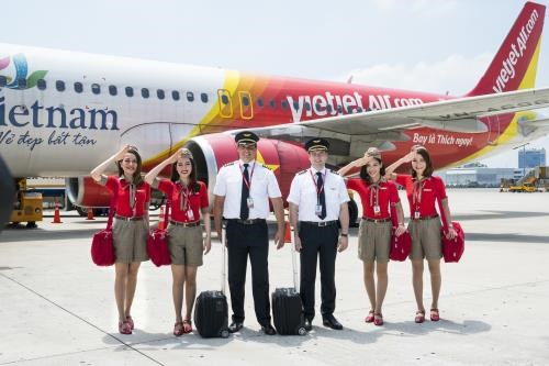 Vietjet Air launches Hanoi-Delhi direct route hinh anh 1