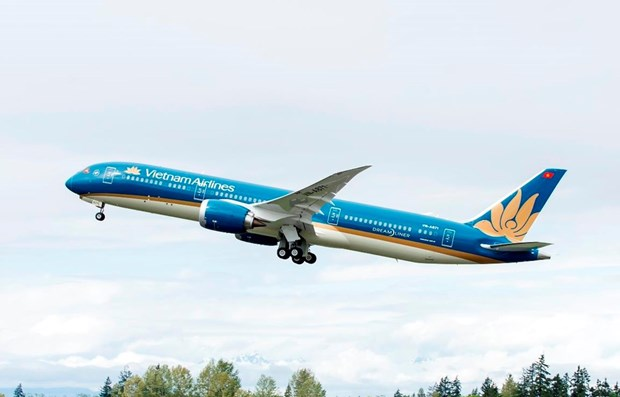 Vietnam Airlines to increase flights to Philippines for football fans hinh anh 1