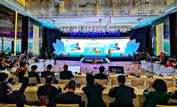 Vietnam Travel & Tourism Summit 2019 opens in Hanoi hinh anh 1