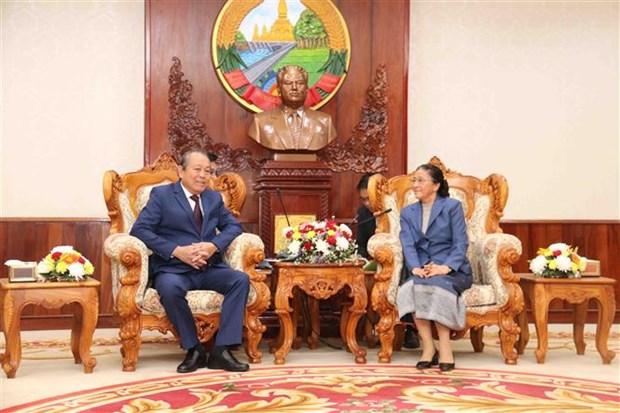 Deputy PM Truong Hoa Binh visits Laos hinh anh 1