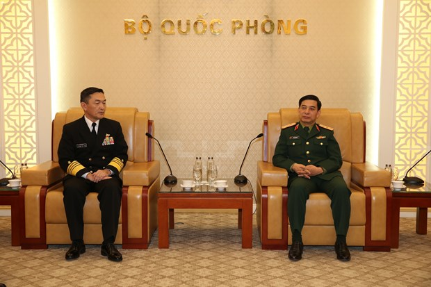Chief of General Staff receives Japan's Maritime Self-Defence Force Commander hinh anh 1