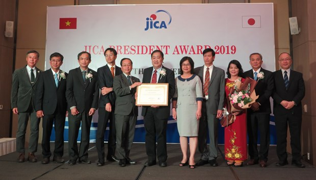 Can Tho University receives JICA President Award 2019 hinh anh 1
