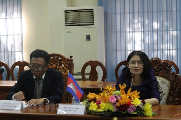 Vietnamese, Cambodian news agencies look to boost ties hinh anh 3