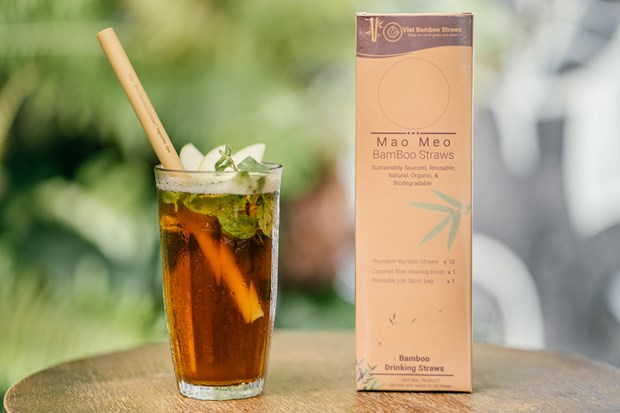 Vietnamese bamboo straws adorn world drinks hinh anh 1