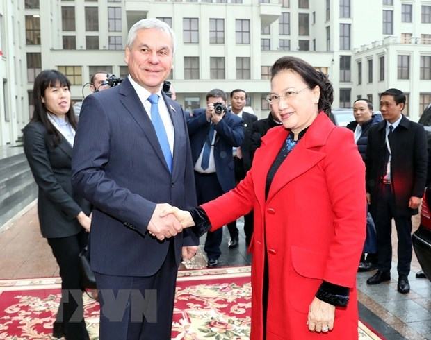 Vietnam values traditional friendship with Belarus: Top legislator hinh anh 1