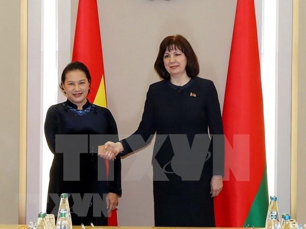 Vietnam, Belarus's top legislators hold talks hinh anh 1