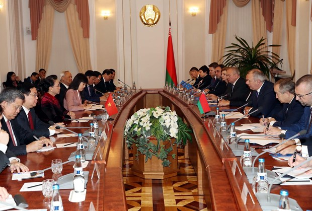 Top legislator meets with Belarusian Prime Minister hinh anh 1