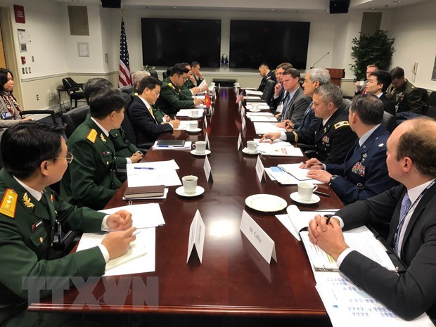 Vietnam, US hold defence policy dialogue hinh anh 1
