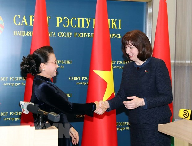 Vietnamese, Belarusian parliaments pledge support for stronger ties hinh anh 1