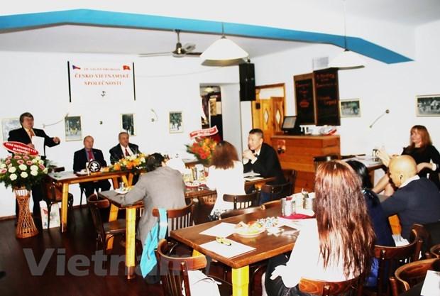 Association contributes to Vietnam-Czech Republic friendship hinh anh 1