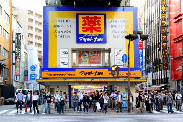 Japan's cosmetics, drugstore chain to open first outlet in Vietnam hinh anh 1