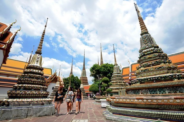 Thailand expects to welcome 12 million Chinese tourists next year hinh anh 1
