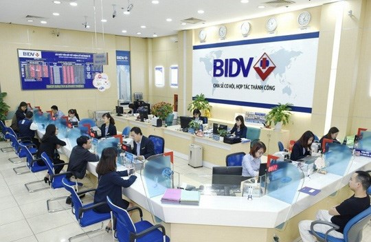 Banks rush to issue bonds ahead of capital requirement deadline hinh anh 1