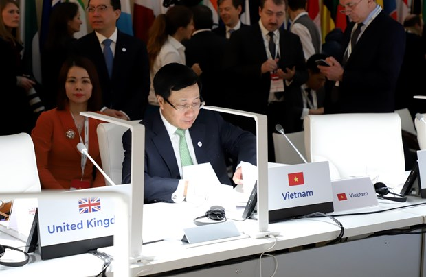 Vietnam shows active contributions to global issues through ASEM meeting hinh anh 1