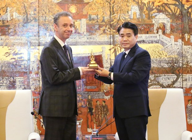 Hanoi steps up cooperation with Ireland's localities hinh anh 1