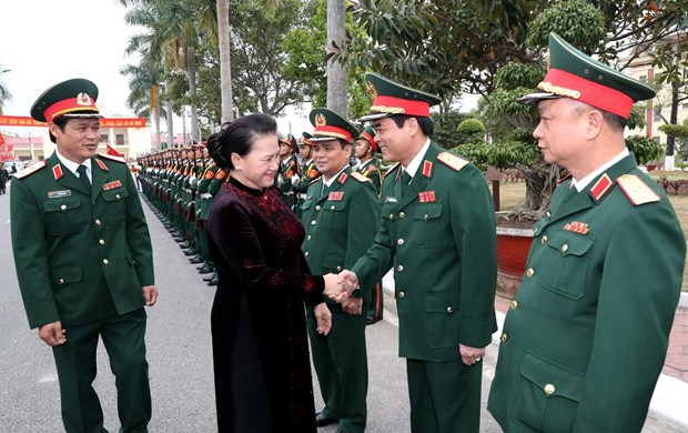 NA leader visits armed forces in Hai Phong city hinh anh 1