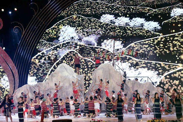 Da Lat Flower Festival officially kicks off hinh anh 1