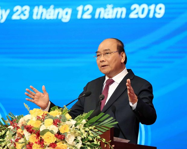 Prime Minister pledges to continue accompanying businesses hinh anh 1