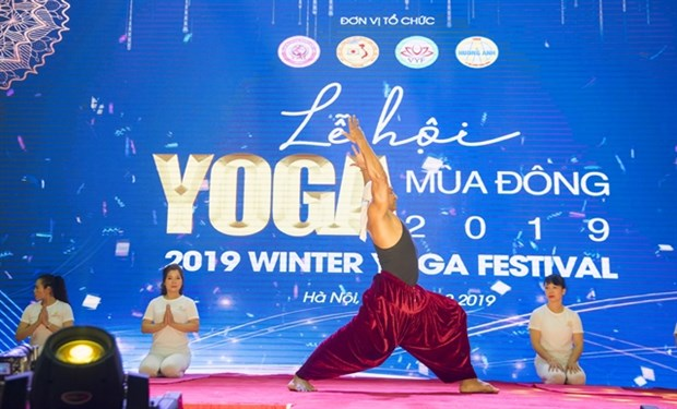 Yoga festival encourages people to practice hinh anh 1