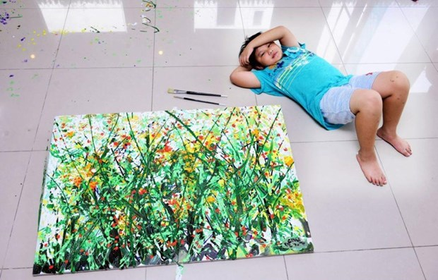Young Vietnamese painter set sales records in US hinh anh 1