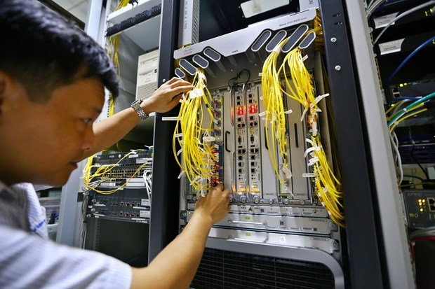 Undersea cables' breakdown affects Internet connections in Vietnam hinh anh 1