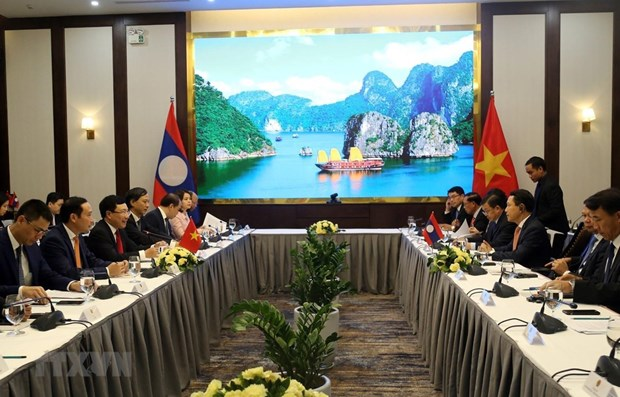 Vietnam, Laos hold sixth ministerial consultation hinh anh 1