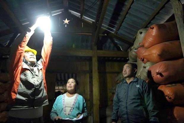 Dien Bien ethnic people get power to enjoy Tet hinh anh 1
