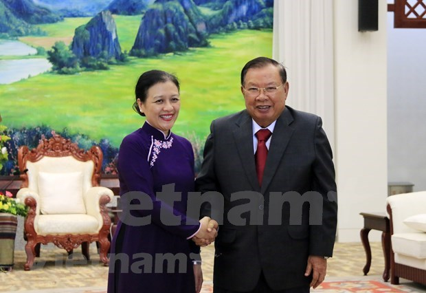 Vietnam-Laos special solidarity, comprehensive cooperation hailed hinh anh 1