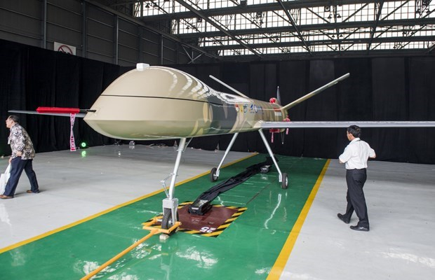Indonesia rolls out drone for civilian, military uses hinh anh 1