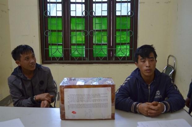 Dien Bien police arrest two drug smugglers hinh anh 1