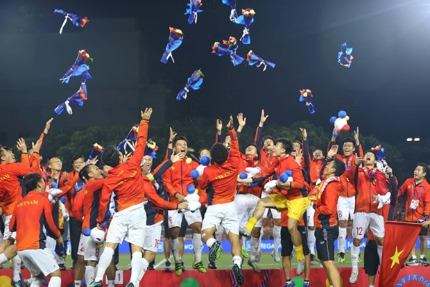 More football glory to come in 2020? hinh anh 1