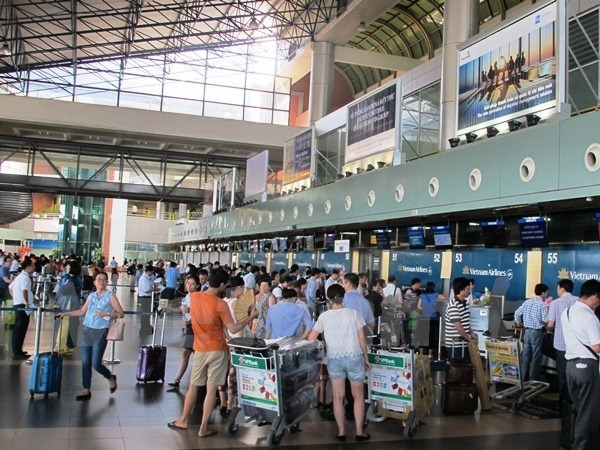 Vietnamese airports expect to serve 127 million passengers in 2020 hinh anh 1