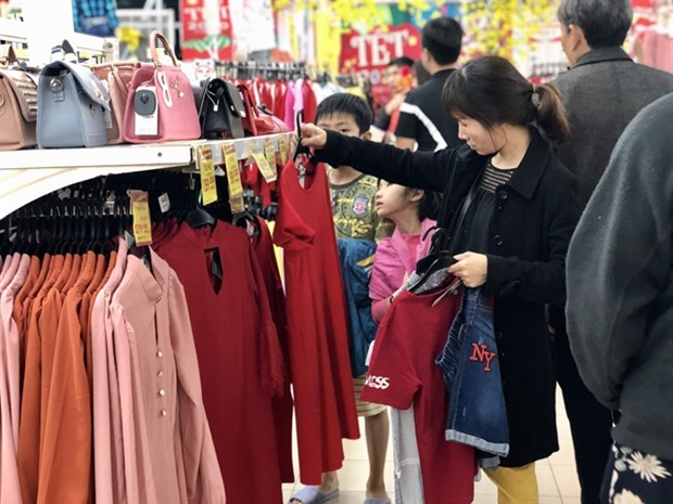 Retail sales in Vietnam hit four-year high hinh anh 1