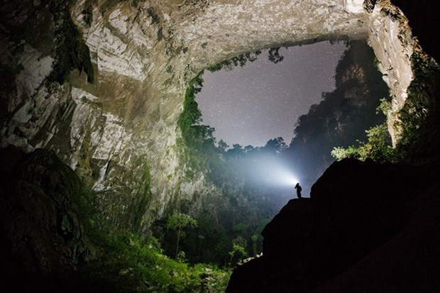 Son Doong Cave voted as one of seven new wonders of the world hinh anh 1