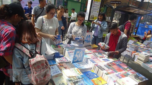 HCM City's Book Street celebrates 4th birthday hinh anh 1