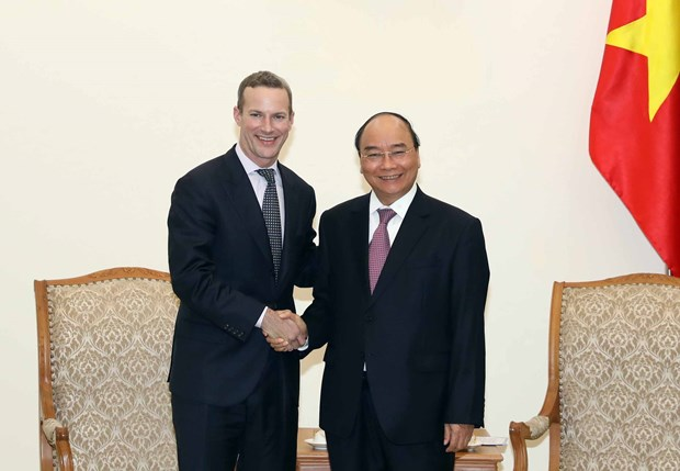 PM Phuc receives US Development Finance Corporation head hinh anh 1