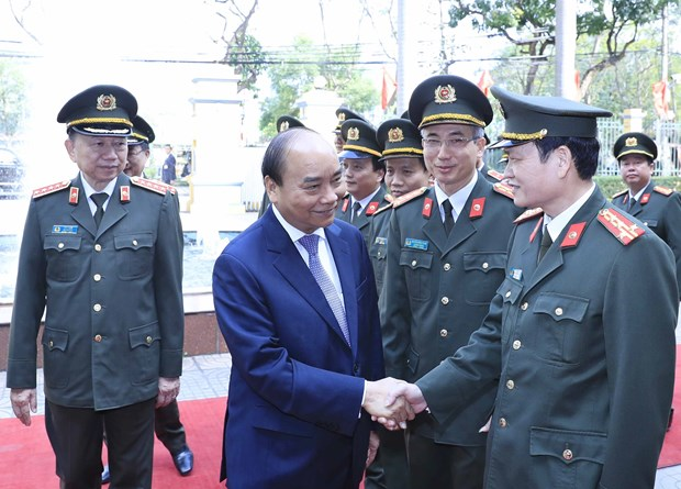 Prime Minister examines guard force's combat readiness hinh anh 1