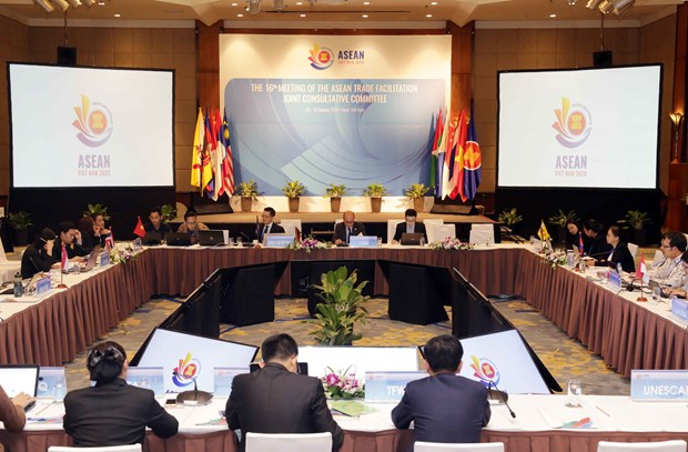 ASEAN committee discusses trade facilitation in Hanoi hinh anh 1