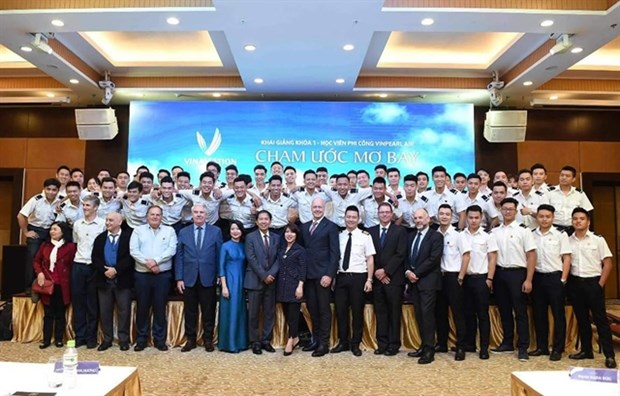 Vingroup withdraws from air transport business hinh anh 1