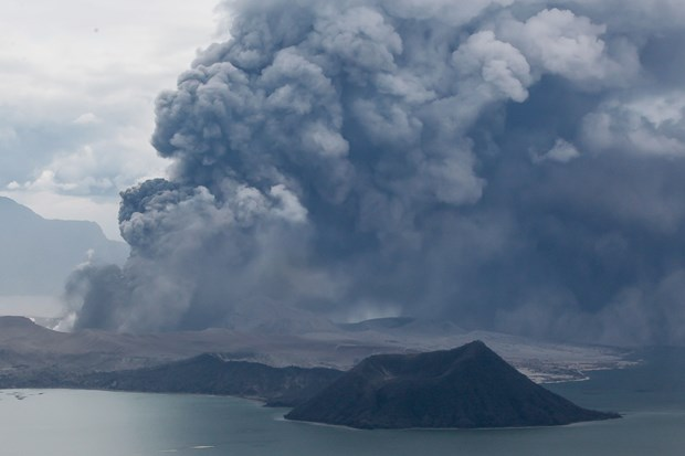 Philippines: Taal volcano's eruption may last weeks hinh anh 1