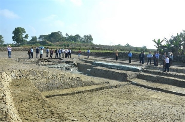 Archaeologists suggest restoring canal surrounding ancient citadel hinh anh 1