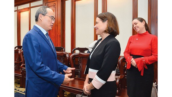HCM City looks to expand economic ties with Australia hinh anh 1