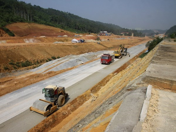 New roads to link to northern mountains hinh anh 1