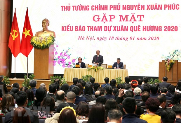 Prime Minister hails OVs' warm sentiment for homeland hinh anh 1