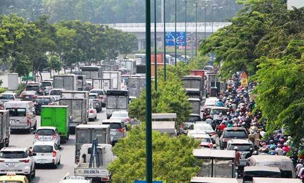 Tan Son Nhat airport braces for Tet holiday's gridlock hinh anh 1