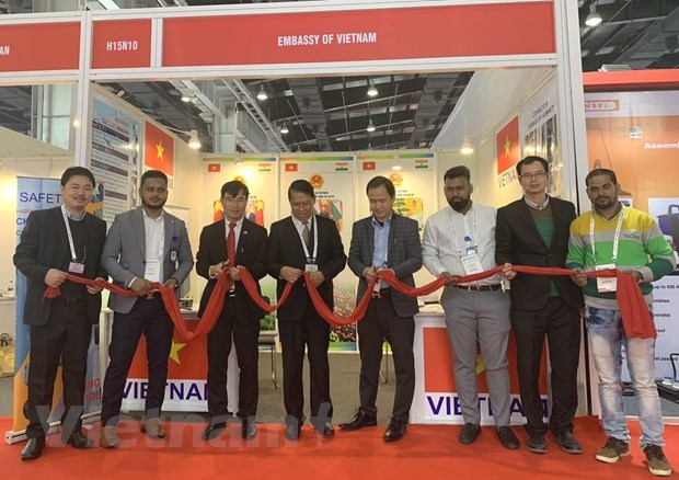 Vietnam attends fair on electrical equipment, energy in India hinh anh 1
